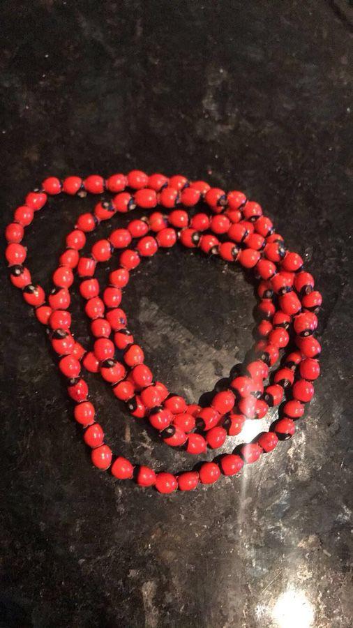 Collar (Eleke) De Peonia Santeria Ifa Yoruba Lukumi for Sale in Miami, FL -  OfferUp