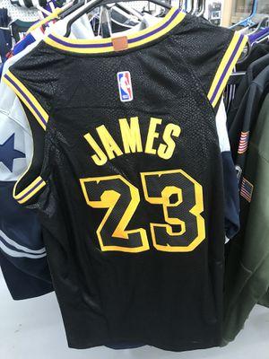 10001d10713 Lakers James black jersey men s medium NWT for Sale in Colorado Springs