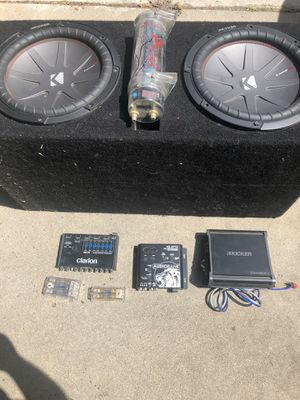 Photo Two competition R series kicker 12' ,kicker 1200 watt amp and more