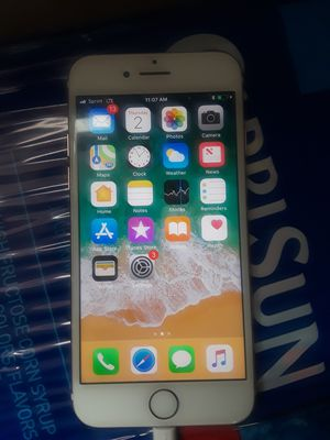 New iphone 7 unlocked 128gb for Sale in Temple Hills, MD