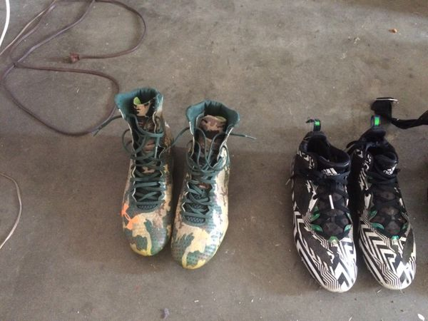 470b009f82162 Football cleats for Sale in El Paso, TX - OfferUp