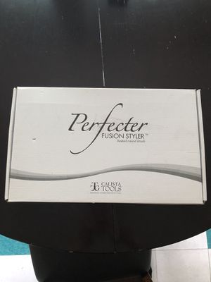 Perfecter fusion styler heated round brush hair for Sale in Cleveland, OH