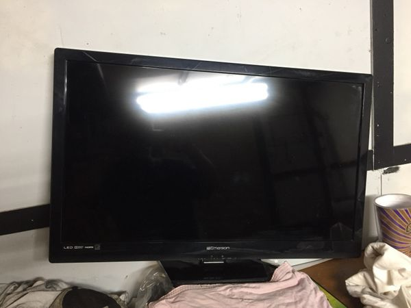 Emerson Tv 30 Inch For Sale In Youngsville La Offerup