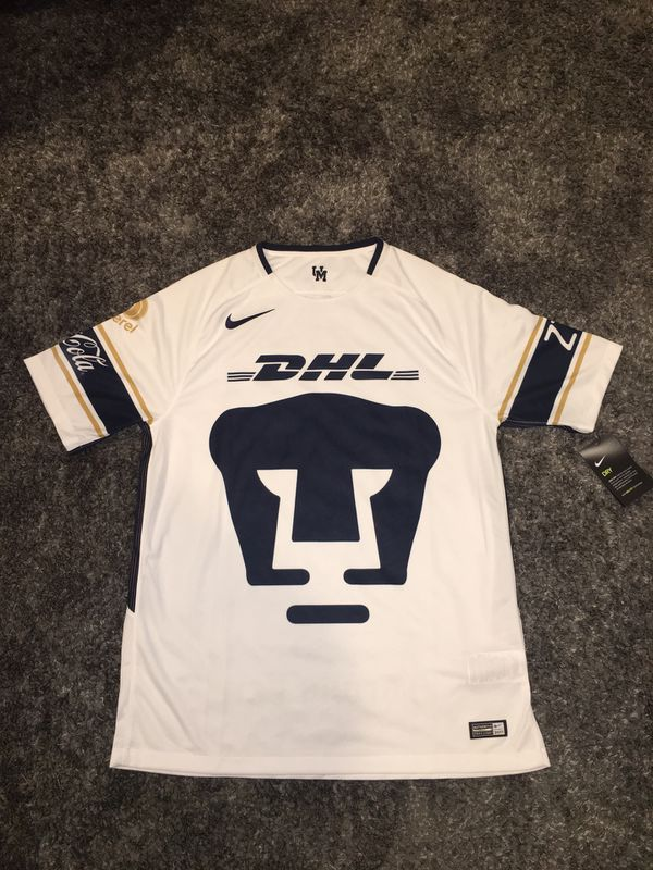 newest d2ca8 1bb91 Nike Pumas UNAM Home Jersey 2017/18 Authentic Men's Size Large for Sale in  Rancho Cucamonga, CA - OfferUp