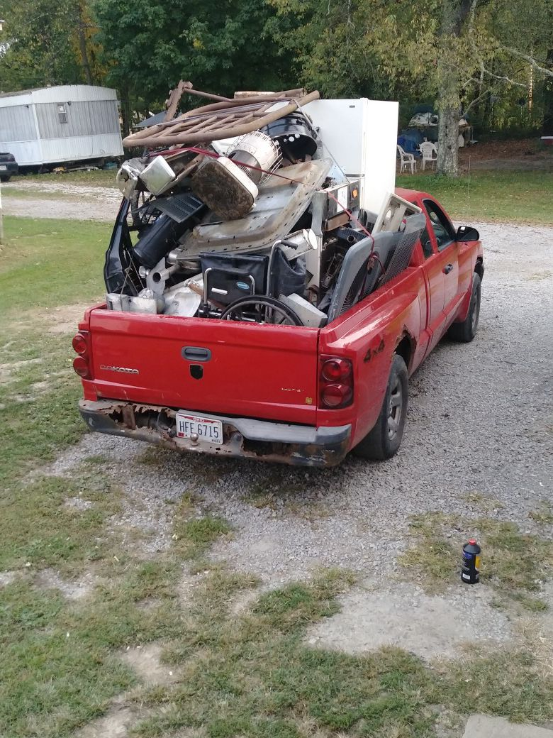 Photo I am wanting all junk metal let me know what you have will haul it away and doing property cleanout