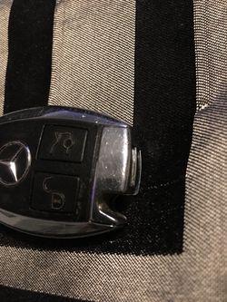 Mercedes key fob Thumbnail