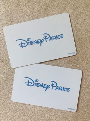 2 Disneyland park hopper tickets for Sale in Los Angeles, CA