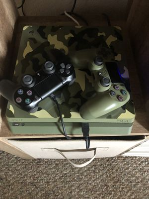 PS4 1TB system for Sale in Orlando, FL