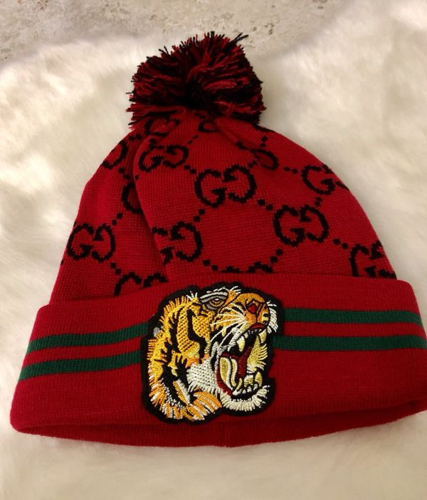 Gucci tiger stripe beanie for Sale in Modesto 5171c095330e
