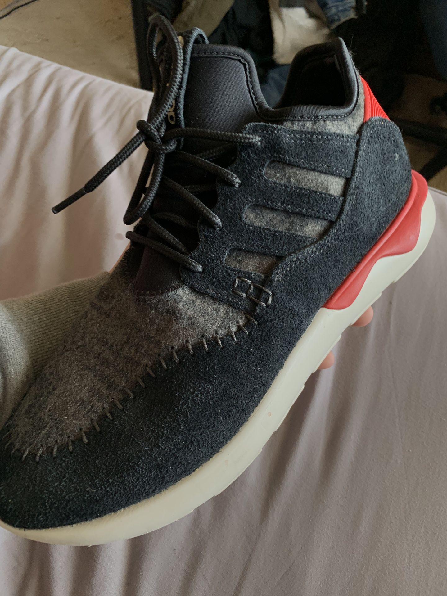 Adidas tubulars size 10 1/2