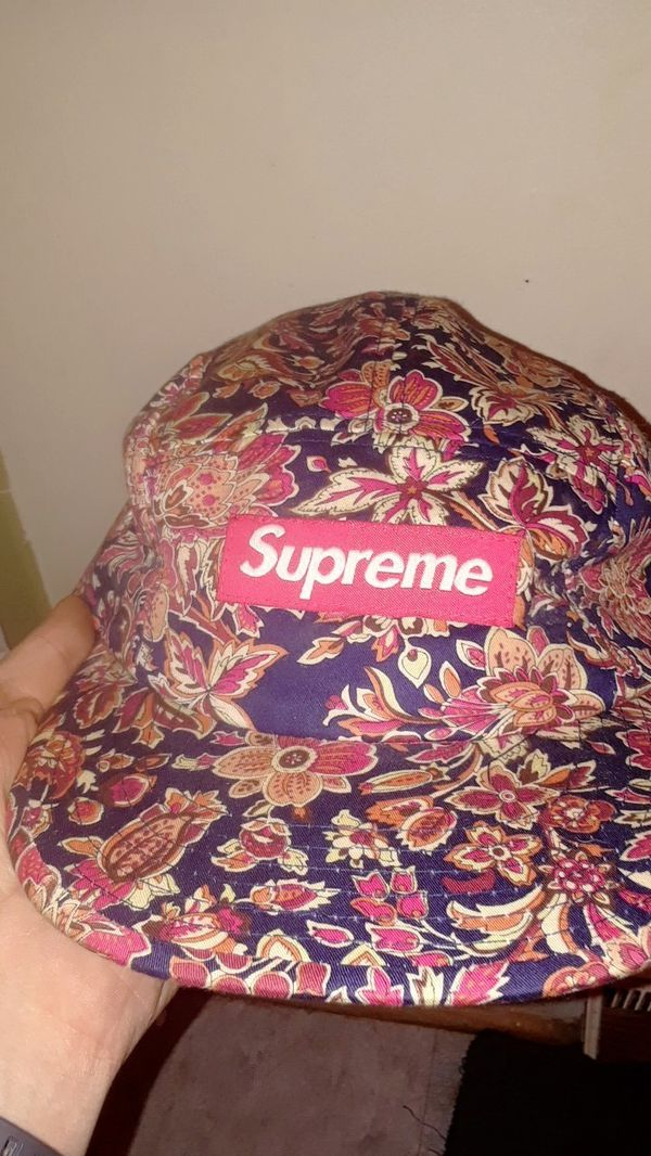 9943922a New and Used Supreme hat for Sale in Greenville, SC - OfferUp