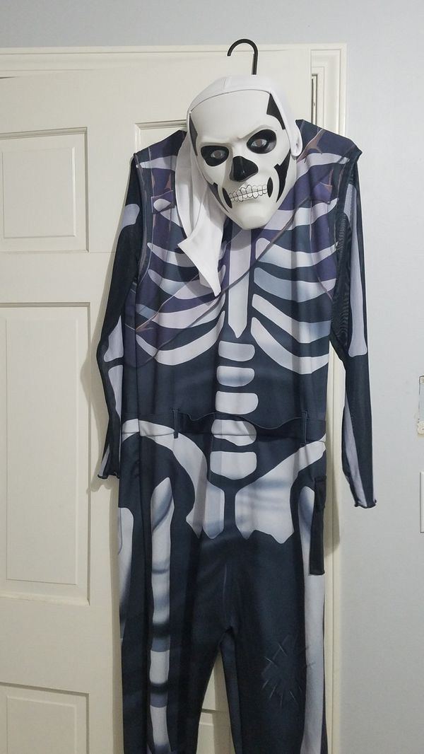 New and Used Halloween costume for Sale in Anderson, SC