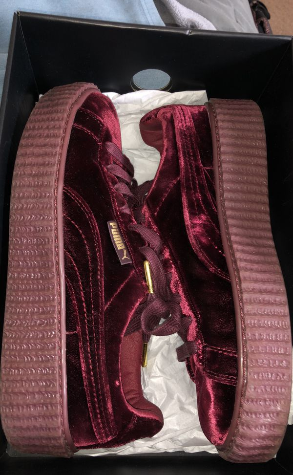 separation shoes 4b6fa 8c39b RED VELVET RIHANNA FENTY PUMAS for Sale in Los Angeles, CA - OfferUp