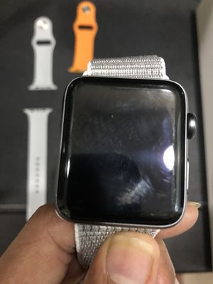 Apple watch Series 2 very good condition for Sale in Morrisville, NC