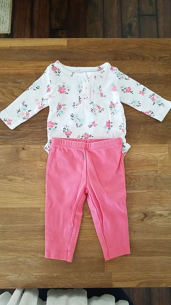 511b944e9 CARTERS BABY GIRL OUTFIT 3 MONTHS for Sale in Glendale