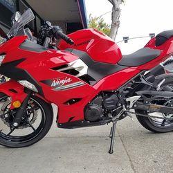 2021 KAWASAKI EX400 ABS  Clean Title Motorcycle 348 Miles Thumbnail