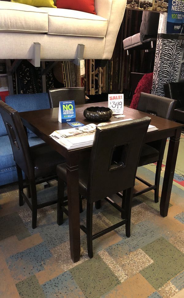 Table And 4 Chairs Clearance Sale Furniture In Visalia Ca Offerup