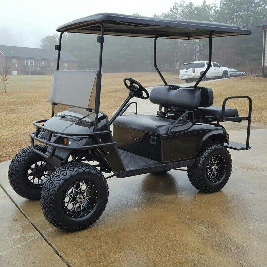 Lifted ezgo golf cart for Sale in Clover, SC - OfferUp
