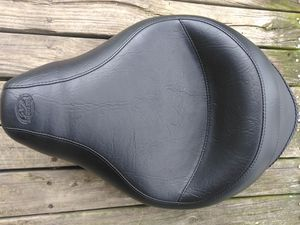 Photo Wide Vintage solo seat (Harley Davidson) never been used