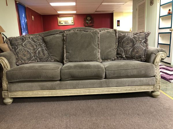 Signature Design By Ashley Parkington Bay Platinum Sofa 3 Pieces For