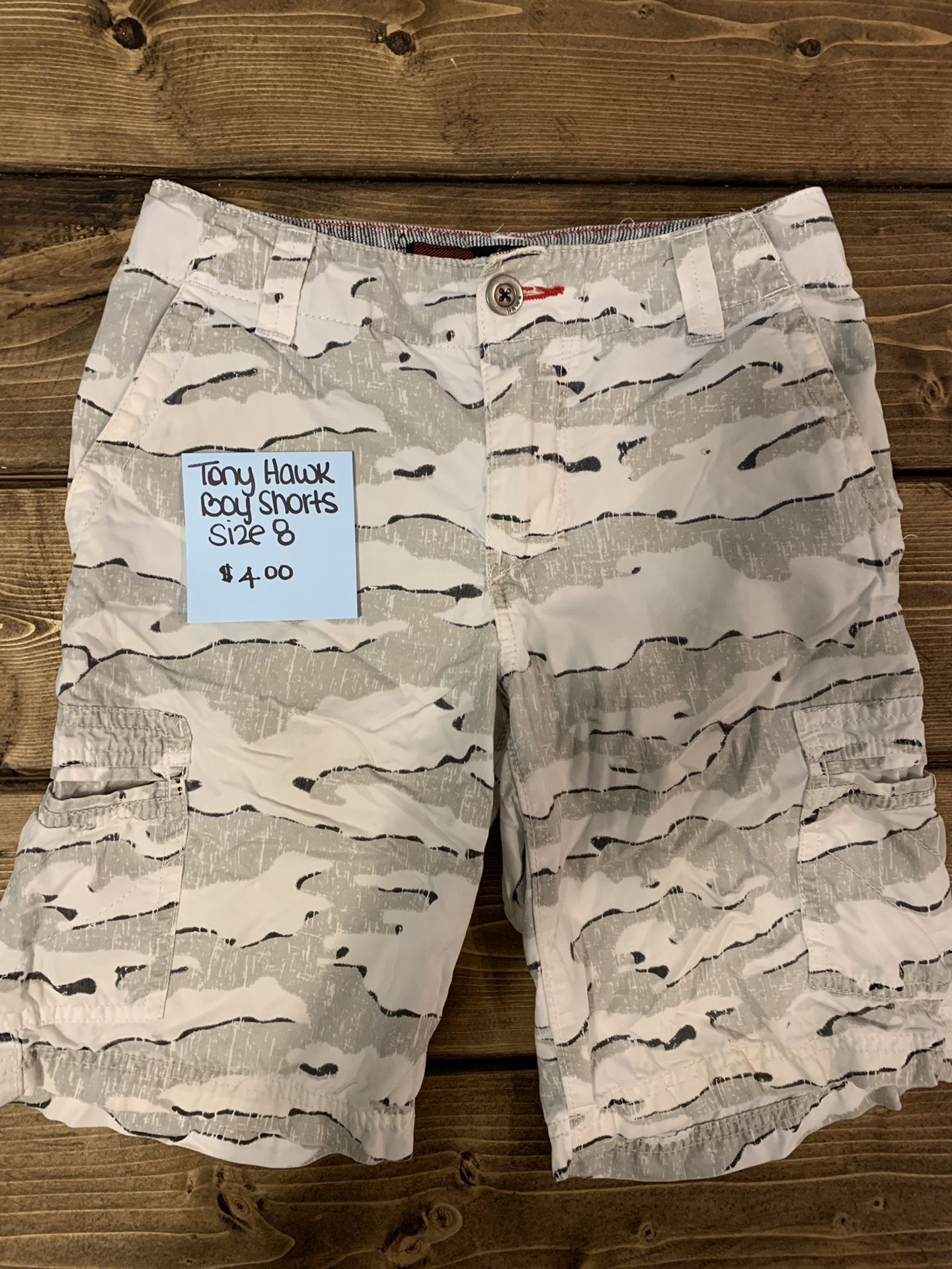Tony Hawk boy shorts size 8