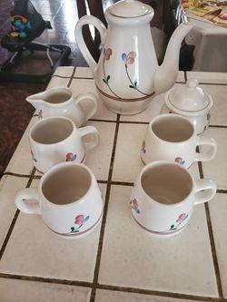 Cups Thumbnail