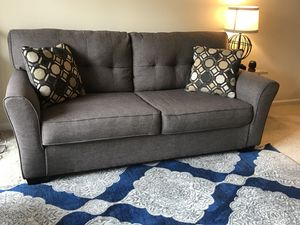 Grey love seat couch for Sale in Herndon, VA