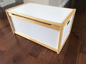 Toy / blanket chest for Sale in Sterling, VA