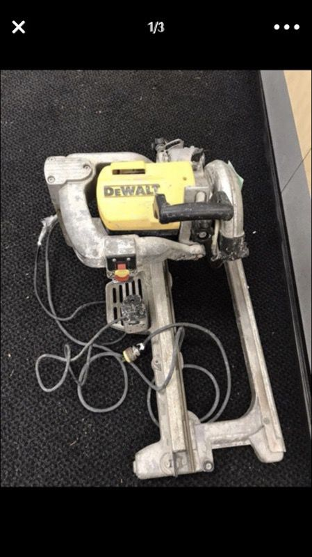 DEWALT TILE SAW ENGINE AND WATER PUMP Only For Sale In Bellevue WA - Dewalt wet saw pump
