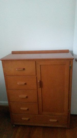 Gorgeous solid wood maple wood antique dresser for Sale in Colesville, MD