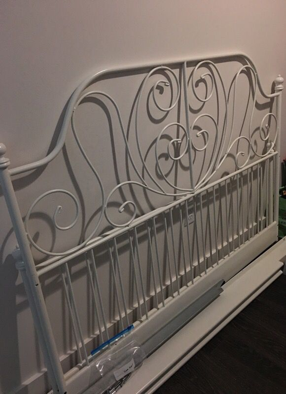 QueenBED FRAME + midbeam for Sale in Oakland, CA - OfferUp on