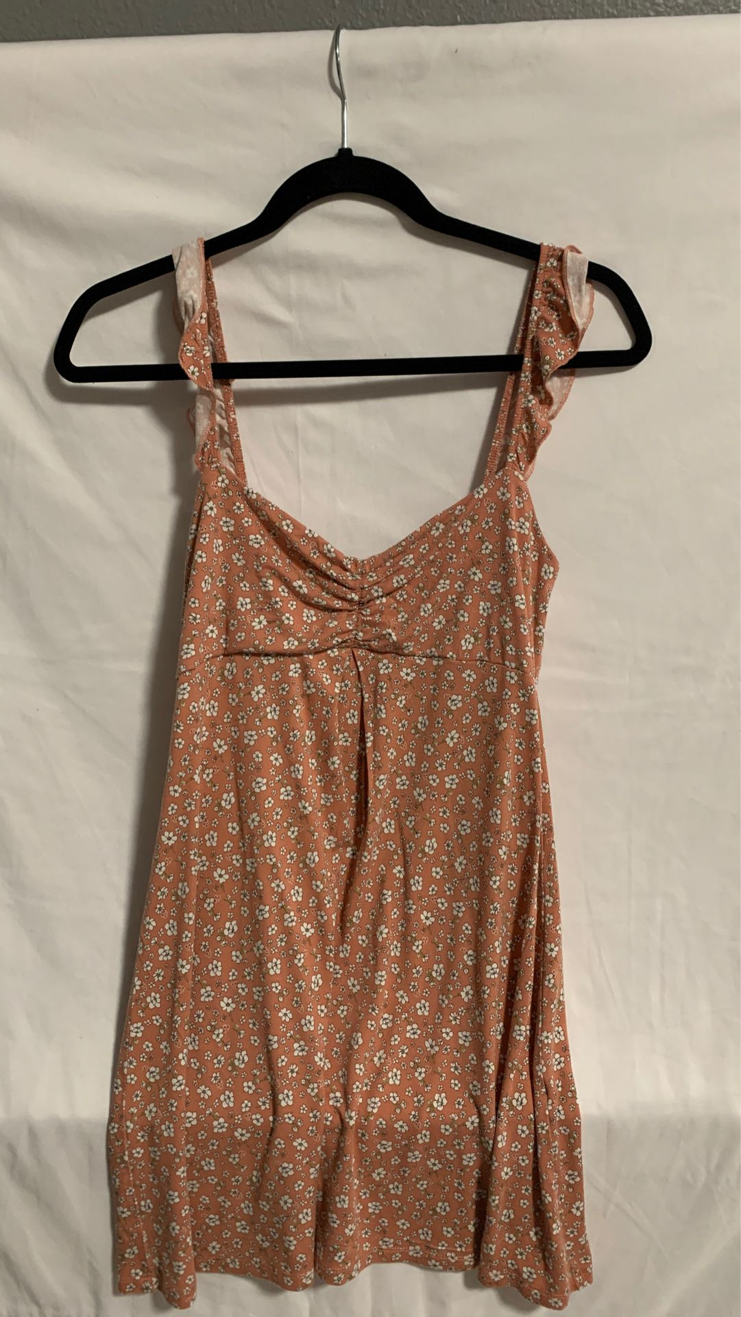 Forever 21 dress ladies peach & white Flowers size M