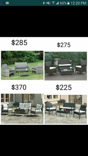 4 Piece Outdoor Patio set (Brand New In box) for Sale in Fontana, CA