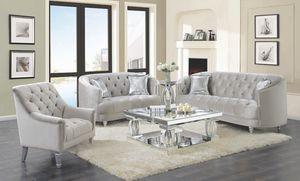 New Avonlea 3 Pc Living Room Set Sofa Loveseat Chair for Sale in Miami, FL
