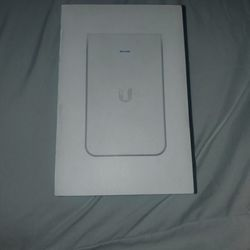 UniFi in-wall HD access point Thumbnail