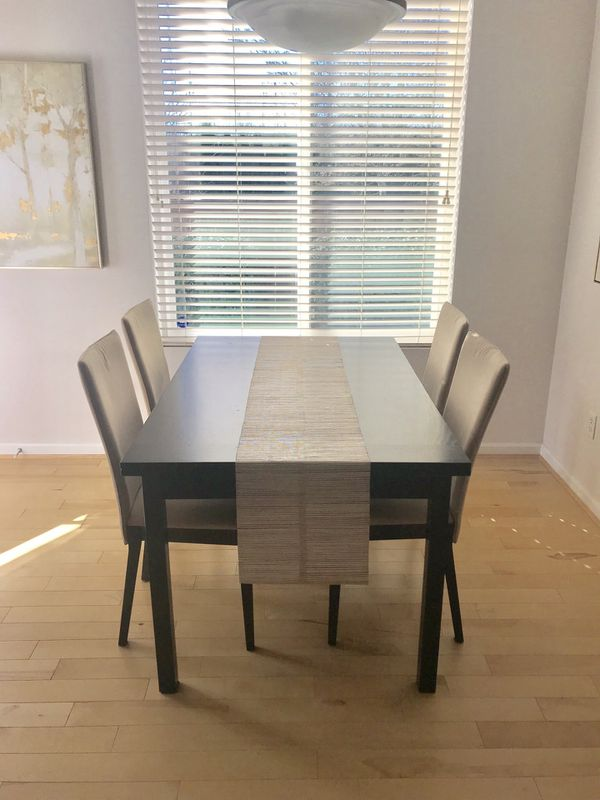 Dania Furniture Dining Set For Sale In Renton Wa Offerup