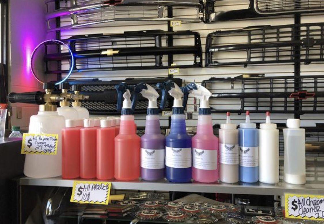 Químicos de limpieza para carros