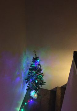 Artificial Christmas tree 4 feet With decorations and lights Thumbnail