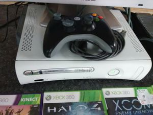 60gb Xbox 360 Kinect bundle with 6 great games for Sale in Washington, DC