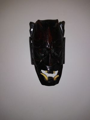 African Hand Carved Mask 6.5X10.5X3 for Sale in Stone Mountain, GA