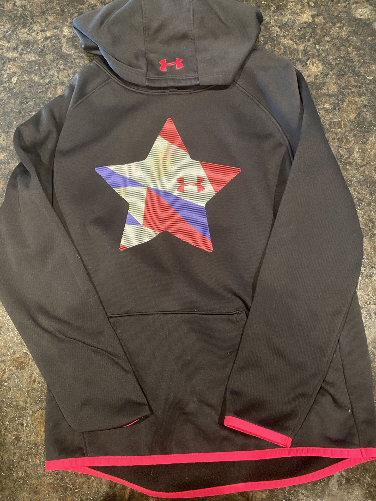 Girls Under Armor Sweatsuit Set. Size Large