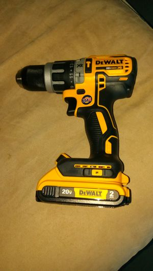 DeWalt Hammer Drill DCD 796 with battery no charger included for Sale in Oviedo, FL