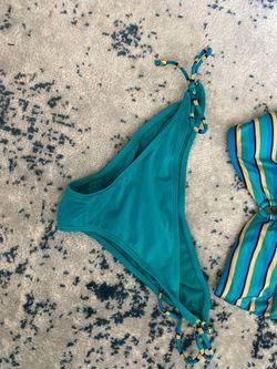 Size: MED swim Thumbnail