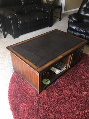 Wood & leather coffee table for Sale in Haines City, FL