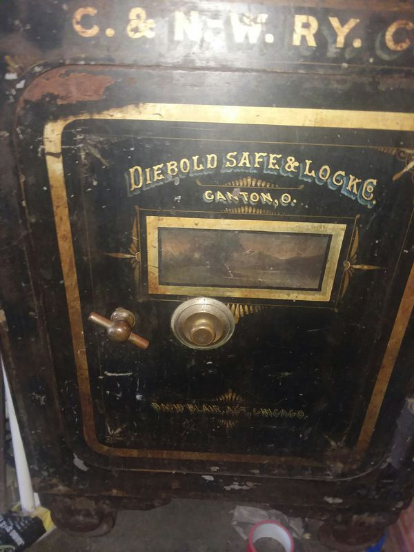 1800's diebold railroad safe for Sale in Winchester, TN - OfferUp