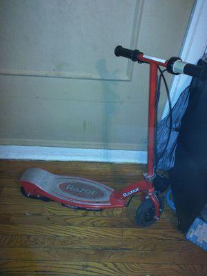 Razor scooter for Sale in Chicago, IL
