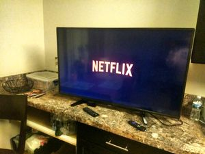 Roku Smart tv Toshiba for Sale in Falls Church, VA