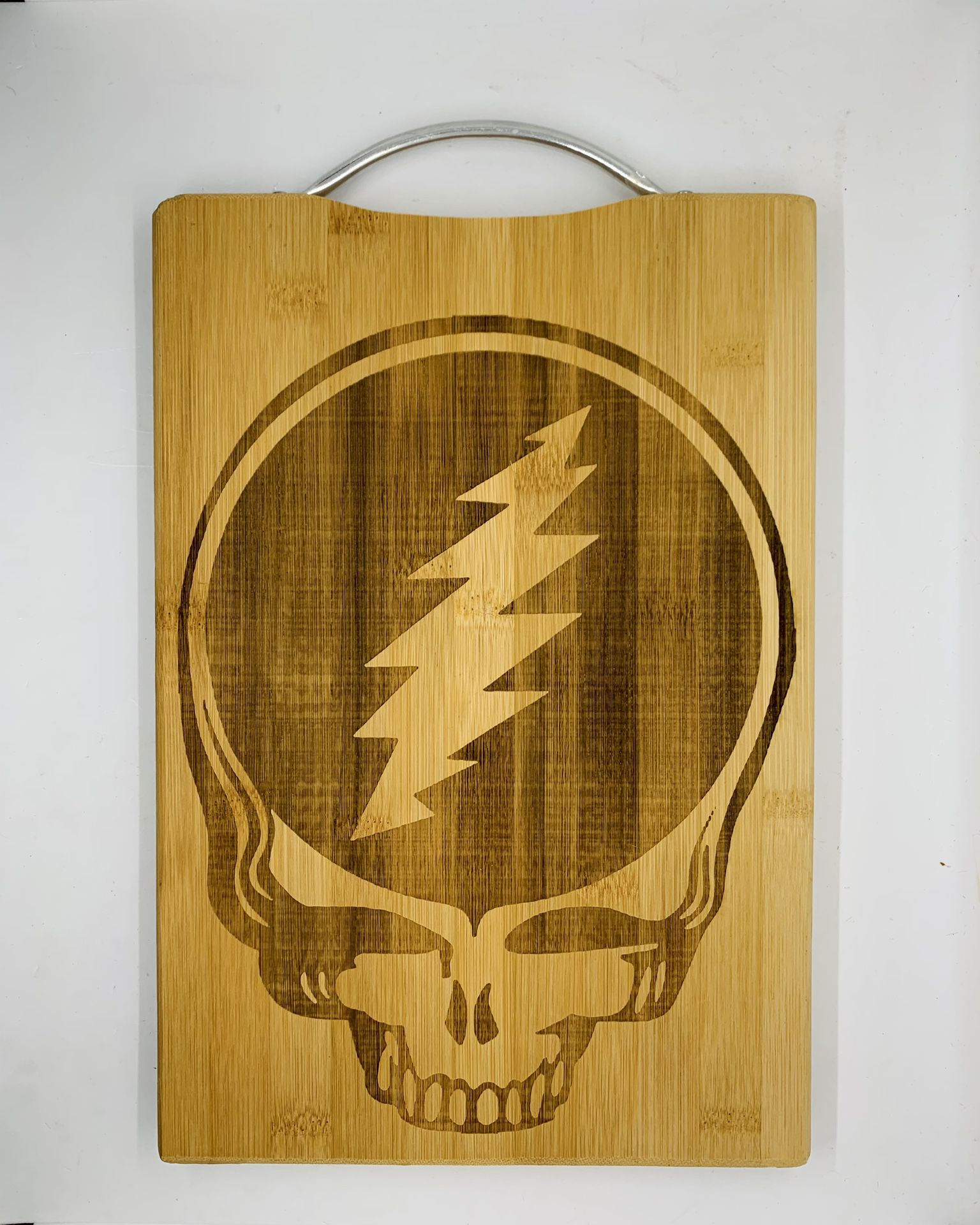 Grateful dead skull laser engraved bamboo high quality cuttingboard pop gift