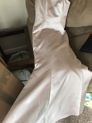 Fit and flare formal gown-size 6 for Sale in Atlanta, GA