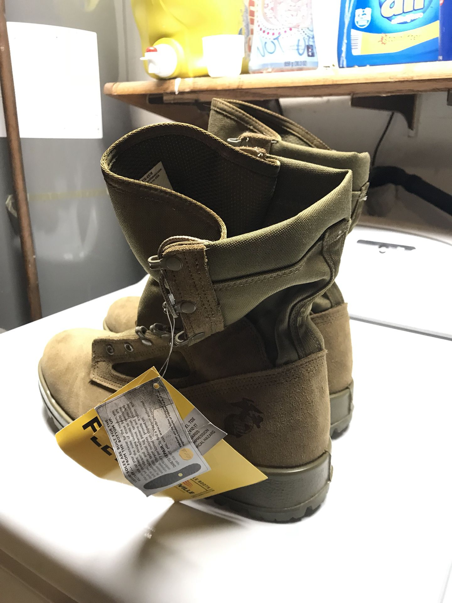 Work boots 11w